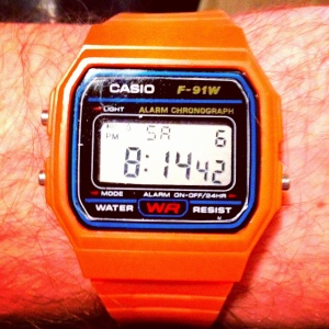 Orange digi Casio